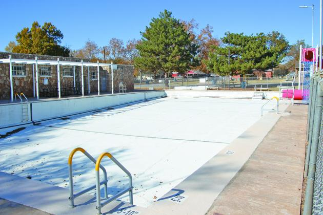 The City of  Cordell is  exploring the idea of  implementing an age limit for when kids can be left alone at the city pool.