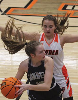Lady Devils Lose To Navajo, Snyder As Season Winds Down